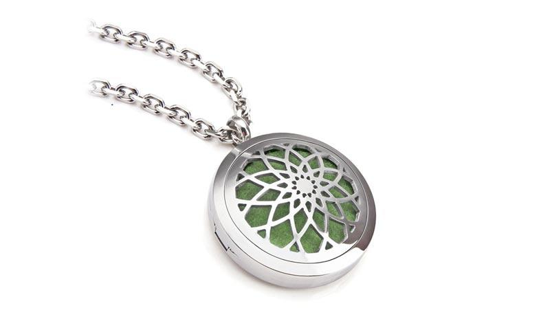 JaneE letter engraved 316 stainless steel necklace aromatherapy for gift