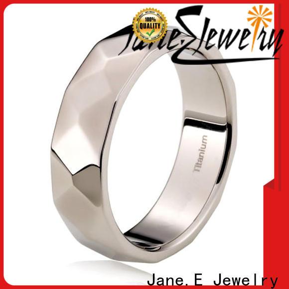 JaneE hypoallergenic men's titanium wedding band modern design for engagement