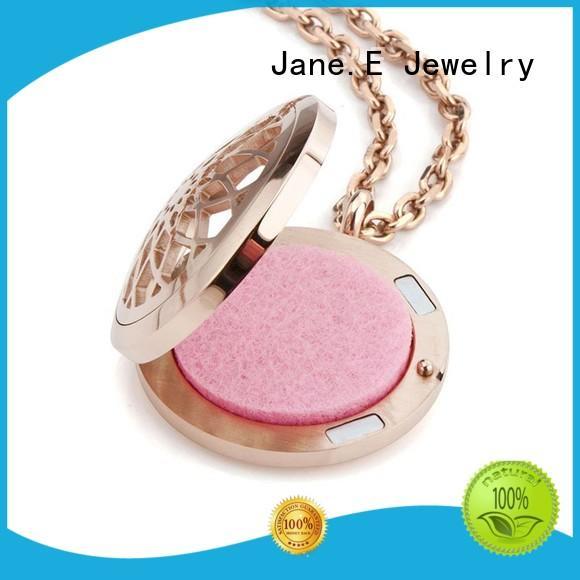JaneE letter engraved stainless steel necklace manual polished manufacturer