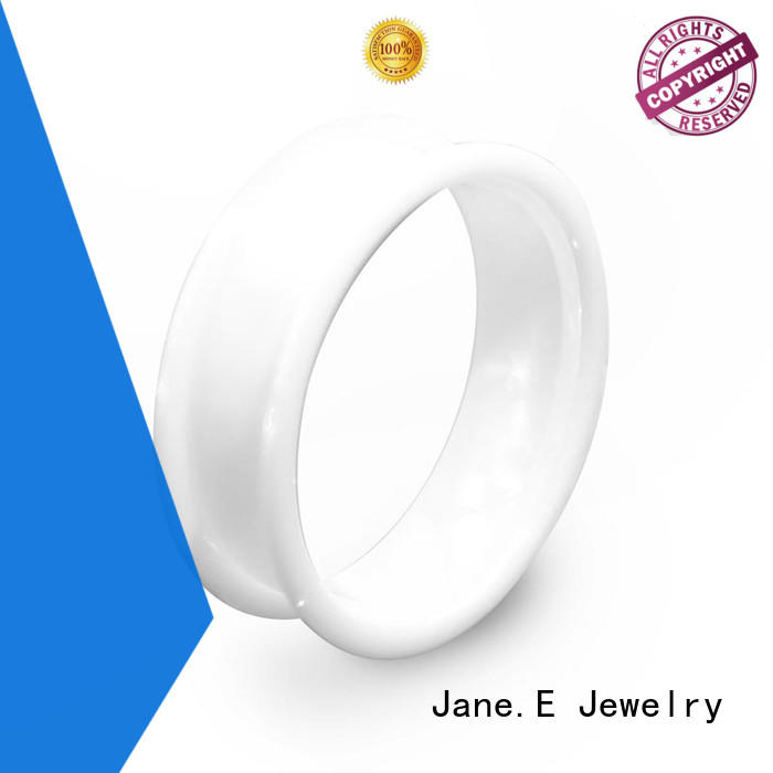 JaneE fully polished finish chanel ceramic ring hot selling manufacturer