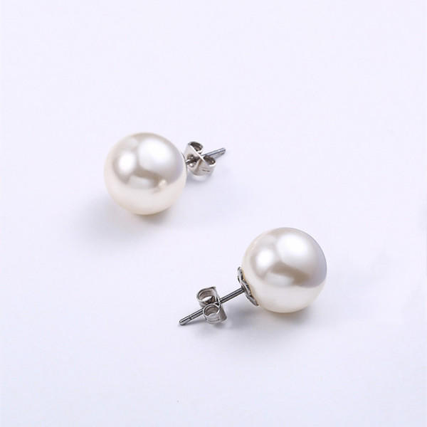 custom made titanium stud earrings allergy-free material hot selling for women