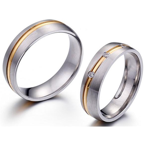 Gemstone Matte 316L Stainless Steel Wedding Rings 3 Zirconia