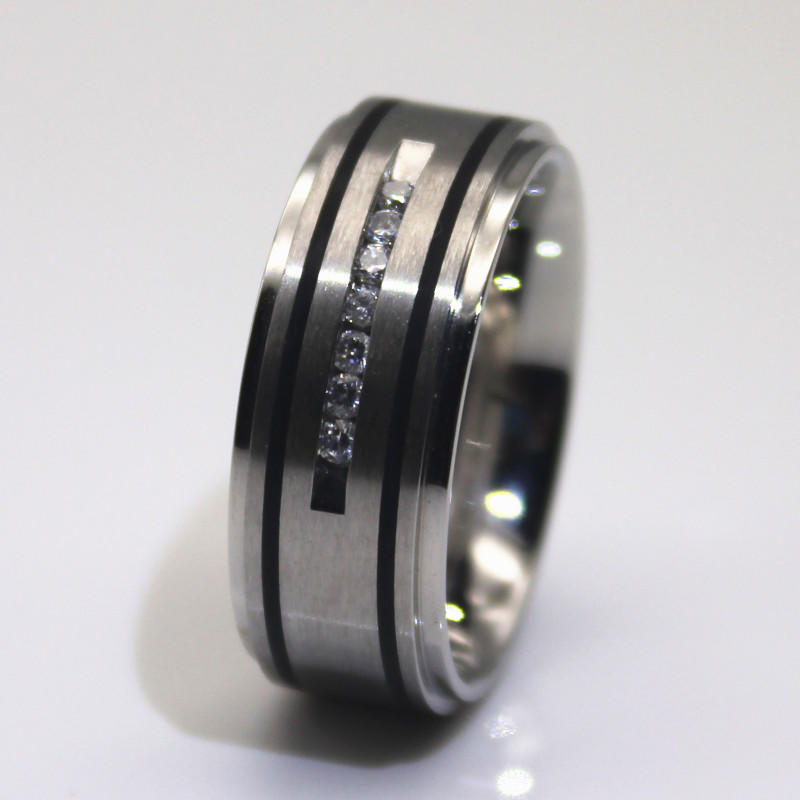 OEM Women Men Fashion Surgical Stainless Steel Zircon Stone Wedding Ring