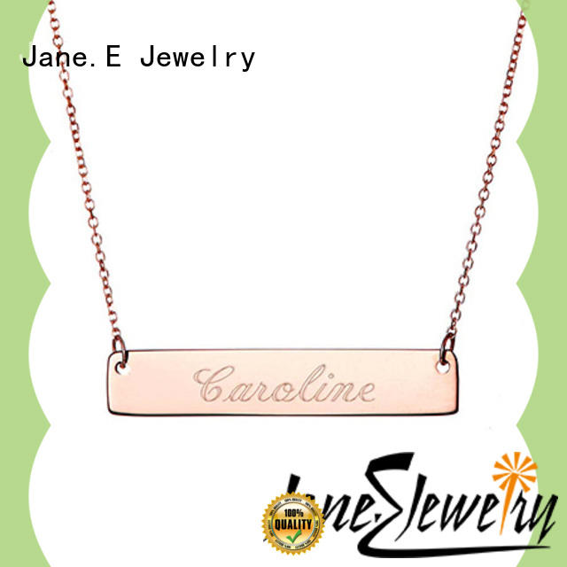 JaneE custom chain pendant