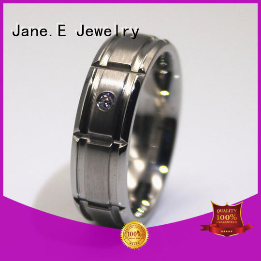 JaneE square edges hammered steel ring fashion design for weddings