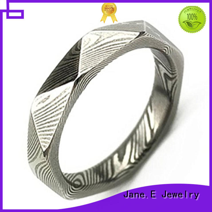 JaneE IP black plated damascus steel band hard for wedding