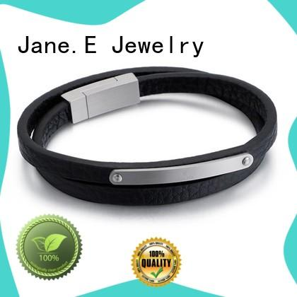 JaneE luxury minimalist bracelet customized for hands wear