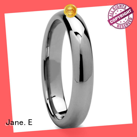 JaneE two tones tungsten carbide rings engraved for wedding